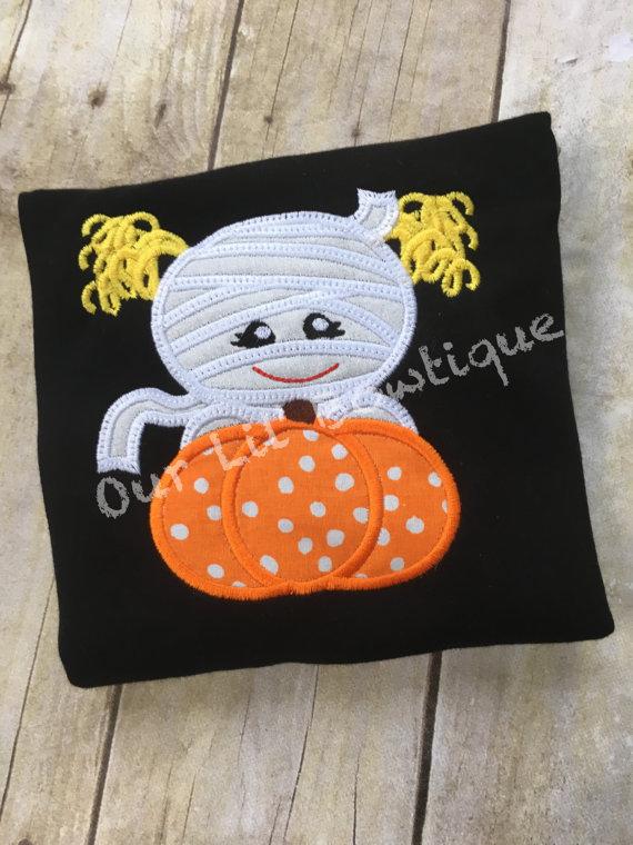 Mummy Halloween Shirt - Girl Halloween Shirt - Mummy Shirt - Halloween Shirt - Pumpkin Applique - Mummy Applique - Boy Halloween Shirt